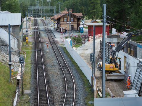 Refurbishment of the stations at Preda and Spinas