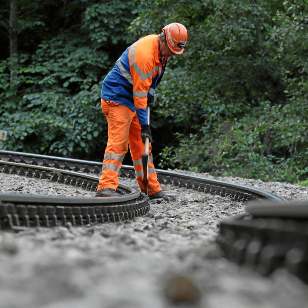 At work for the rebuilding of the Albula Tunnel -